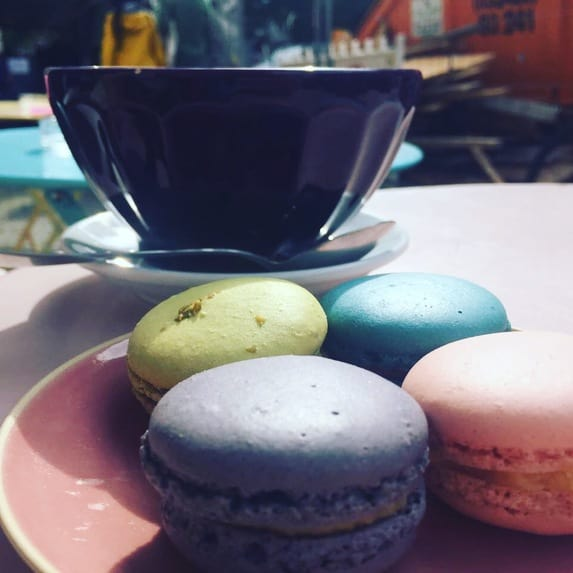 macarons de stephane franz sisches geb ck in berlin friedrichshain. Black Bedroom Furniture Sets. Home Design Ideas