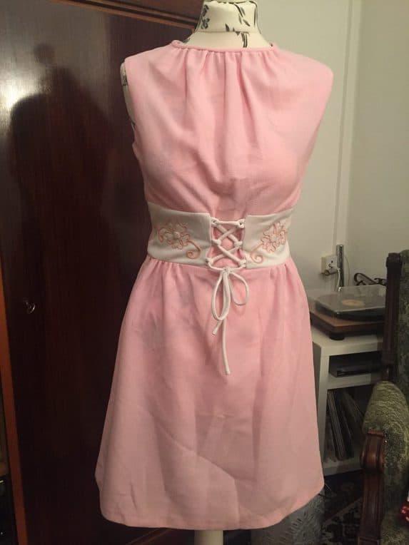 True vintage short 70s dress pink