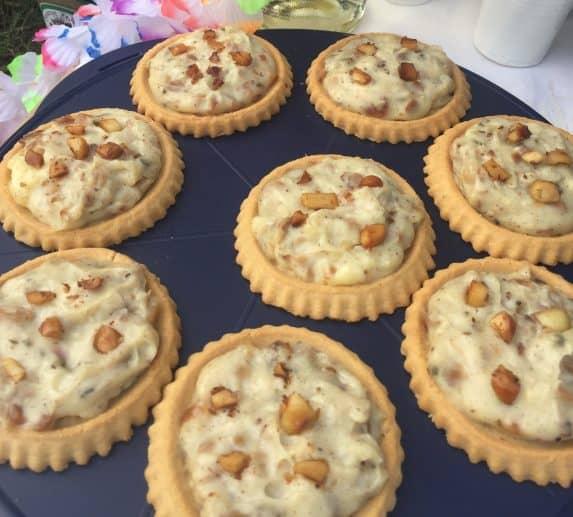 Macadamia Nut Cream Pie als Tartelettes