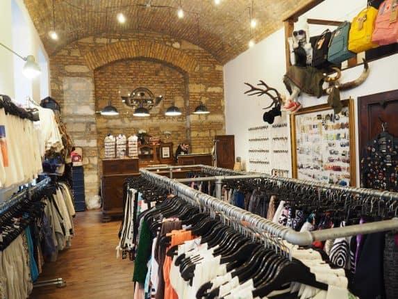 Szputnyik K-22 Vintage Shop in Budapest