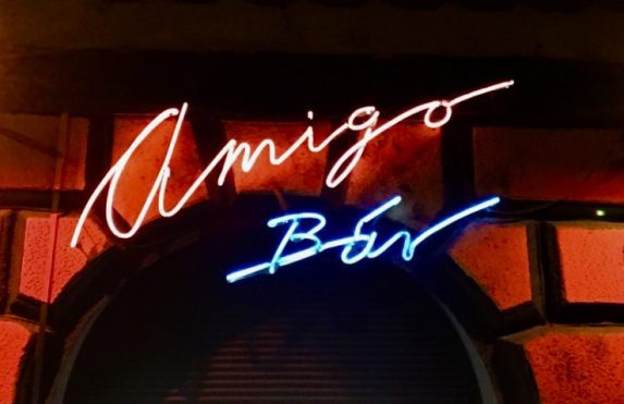 Amigo Bar Budapest - Rock and Roll & Rockabilly Bar in Ungarn.