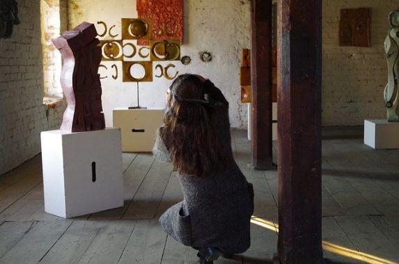 Galerie Berinson Ausstellungen zu Künstlern & Kunstbewegungen der Klassischen Moderne. Meisterwerke des 20. Jahrhunderts von Bauhaus, Neue Sachlichkeit uvm.
