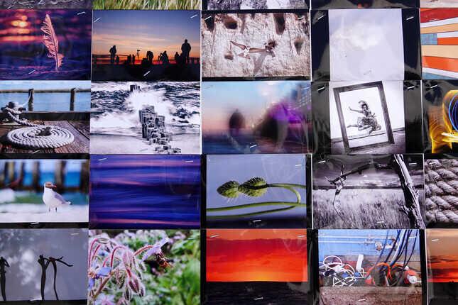 Fotoausstellungen und Open-Air-Installationen beim Umweltfotofestival Horizonte Zingst. Shows, Fotoworkshops & Fotomarkt. Infos & Programm Horizonte Zingst.