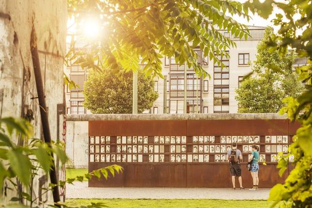 Wo stand denn die Mauer? Spurensuche entlang der Berliner Mauer. Berliner Mauer Touren mit dem Fahrrad oder als Wanderungen durch Berlin. Sightseeing Berlin