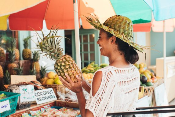 Die besten Orte um Macadamia Nuss, Kona Coffee & mehr Exotisches zu probieren. Entdecke Farmer's Market, Macadamia Nut Farm und mehr.