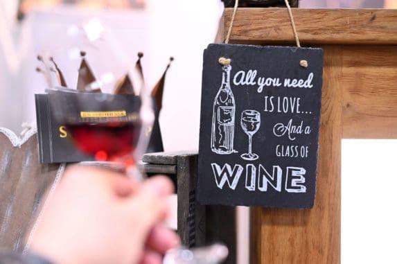 WEINmesse Berlin vom 14.-16. Februar 2020 auf der Messe Berlin. Kulinarische Weltreise - Verkoste rund 4.000 Weine & internationale Feinkost-Spezialitäten.