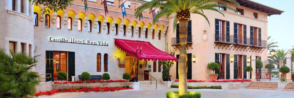 Sommer-Urlaub auf Mallorca 2020 kann beginnen. Deutschlands beliebteste Ferieninsel. Die besten Hotels auf Mallorca findest du hier. Mallorca Urlaub.